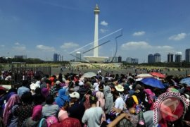 Saksikan, Tiga Bakal Calon Gubernur DKI Jakarta Ikuti 'Jakarta Marathon'
