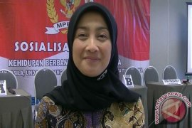 BPBD Sukabumi Dapat Bantuan Baju Tahan Api