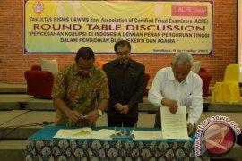 Mahasiswa UKWM Surabaya Belajar Pemberantasan Korupsi Dari KPK