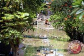 Terisolasi Akibat Banjir di Aceh Utara