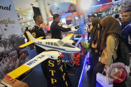 Jakarta hari ini, peluncuran buku Lenggang Batik hingga pameran transportasi