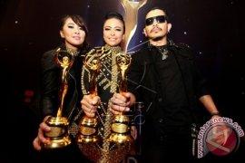 Kotak Grup Rock Terbaik di AMI Awards