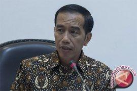 Presiden rapat dengan gubernur bicarakan pilkada langsung