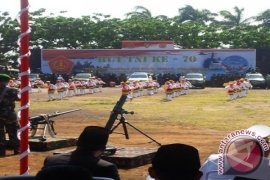 HUT TNI Dimeriahkan Tarian Soya-Soya