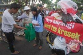 Indonesia Targetkan Sampah Plastik Berkurang 1,9 Ton