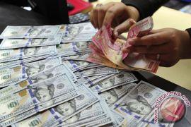 Rupiah menguat tipis ke kisaran Rp13.200 per dolar AS