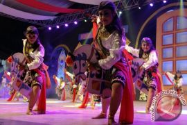 Kesenian multi etnis ramaikan Lebaran di Sawahlunto