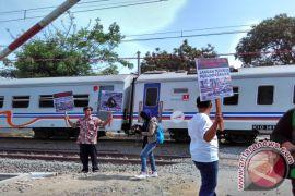 37 perlintasan sebidang di Cirebon segera ditutup