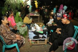 Asyiknya Ngopi Gratis dalam 10.000 Cangkir di Banyuwangi