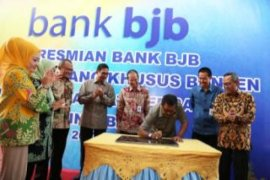Gubernur Banten Resmikan Cabang Khusus Bank BJB Banten