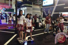 Menjajal teknologi kendaraan ramah lingkungan di Indocomtech