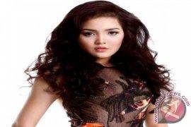Putri Pariwisata Promosi Indonesia di London