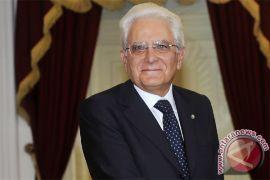 Presiden Italia minta PM Renzi tunda pengunduran diri