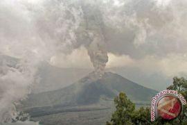 Gunung Barujari kembali berstatus normal