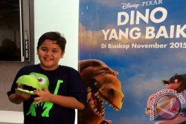Aktor cilik Adam Farrel jadi pengisi suara Dinosaurus Disney
