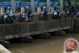 Pemkab Tangerang lebarkan jalan Legok-Karawaci