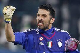 Buffon masuk tim Italia untuk pertandingan persahabatan