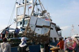 Distribusi Logistik Pemilu ke Wilayah Kepulauan Sumenep Mulai H-17