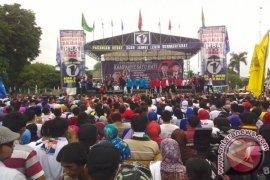 Calon Wali Kota Surabaya kampanyekan HBA-Edi