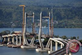 Gempa geser struktur Jembatan Merah Putih Ambon