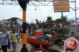 Korban Tabrakan Kereta-Metromini Tambah Jadi 17 Orang