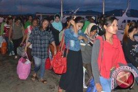 Malaysia Pulangkan 63 WNI Bermasalah