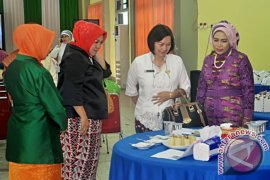 Organisasi Wanita Sintang Peringati Hari Ibu