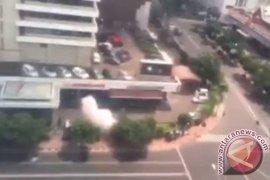 Ledakan terjadi di sekitar Thamrin Jakarta Pusat