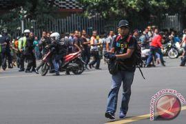 Bangsa Indonesia bangkitlah usir teroris seperti mengusir para penjajah