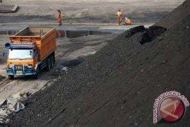 Puluhan perusahaan tambang batu bara terancam gulung tikar