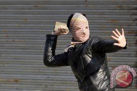 Baku-tembak berkecamuk di Kashmir-India