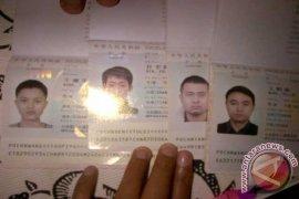 Kantor Imigrasi Kediri Tahan Empat Pekerja asal Tiongkok
