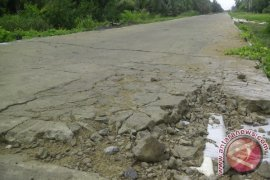 Dewan Akan Tinjau Informasi Kerusakan Jalan Pulau Maya