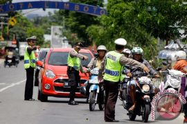 Ratusan kendaraan terjaring razia pajak