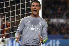 Ronaldo diselamati Butragueno setelah ciptakan gol ke-500