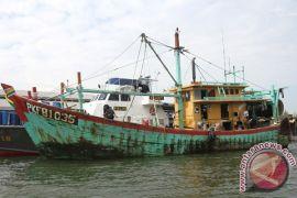 KKP tangkap dua kapal ikan asing berbendera Filipina di ZEEI Laut Sulawesi