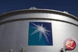 Menteri Arab Saudi desak atasi krisis harga minyak