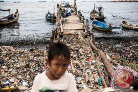 Sampah plastik ancam lingkungan pesisir Jakarta