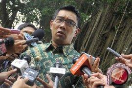 Ridwan Kamil Terima Penghargaan Peduli Lingkungan Hidup