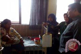Komisi D DPRD Jember Kunjungi Pasien Gizi Buruk