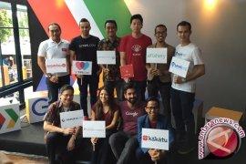 Delapan Pemula Indonesia Belajar di Markas Google