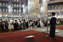 Masyarakat ikuti shalat gerhana di Masjid Istiqlal