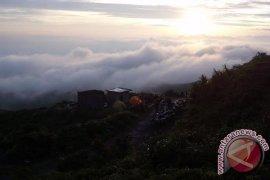 BKSDA Bengkulu-Lampung Buka Pendakian Gunung Kaba