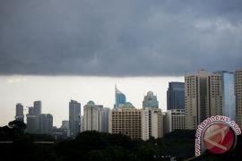 Sebagian Jakarta diprediksi hujan siang hari ini