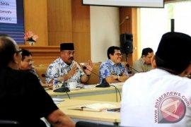 Edi Damansyah Kumpulkan Kepala SKPD Bahas LPPD