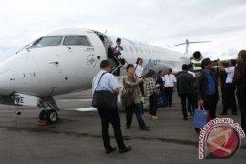 Garuda Indonesia hentikan penerbangan Soetta-Silangit