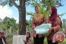 TNI Bantu Warga Tak Mampu Bangunkan Jamban