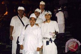 Ramada Encore Bali Seminyak Doing Tirta Yatra