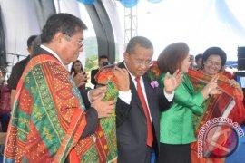 Ephorus HKBP dan Bupati Tapteng Serukan Perdamaian