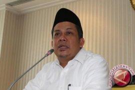 Fahri Hamzah Siapkan Langkah Eksekusi Putusan MA